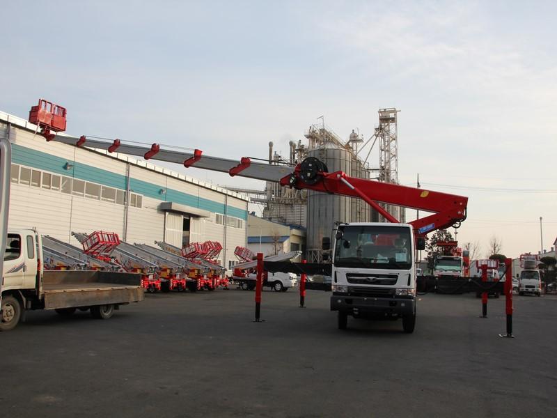 รถเครนกระเช้า เครนกระเช้า เครนติดหลังรถบรรทุก เครนกระเช้าสูง 45 เมตร เครนกระเช้าจากเกาหลี เครนกระเช้าสภาพดี มือหนึ่ง