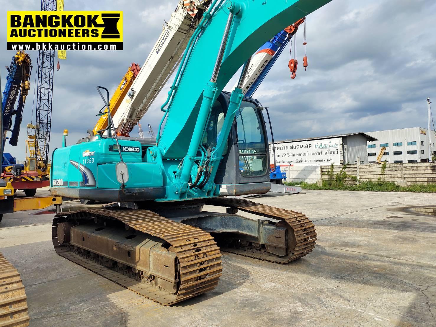 SK200-8-YN12-59329 (4)