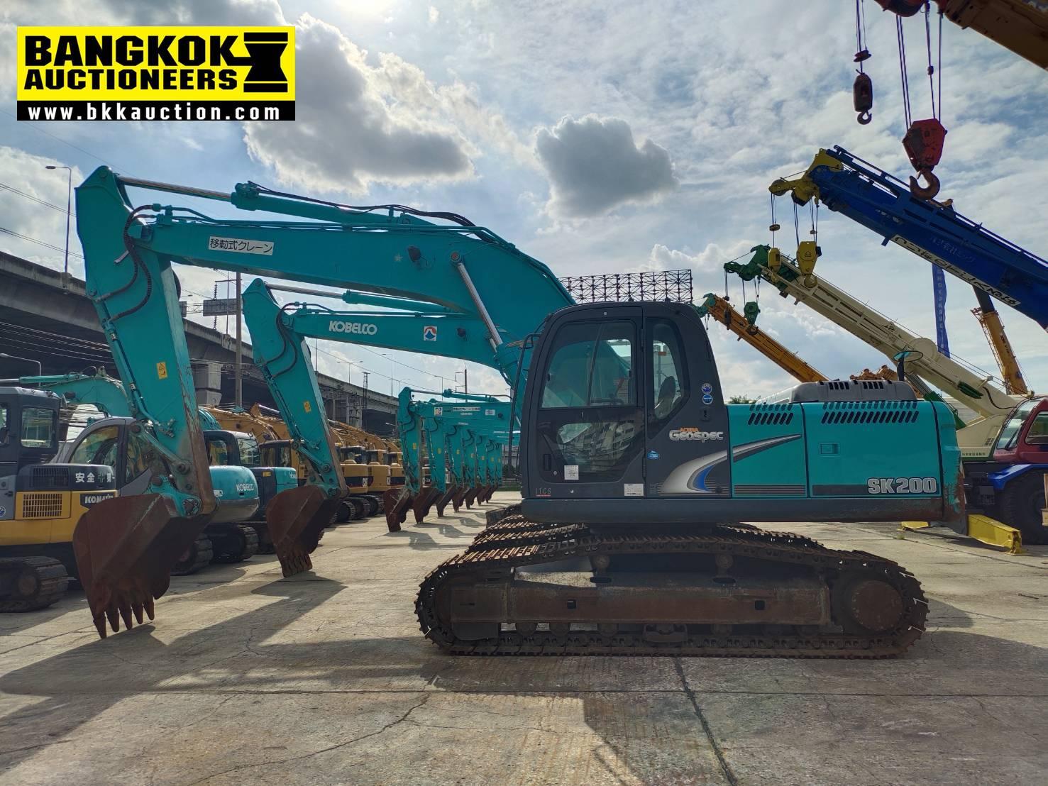 SK200-8-YN12-59329 (7)